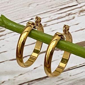 Vintage Monet Gold-tone Hoop Clip On Earrings